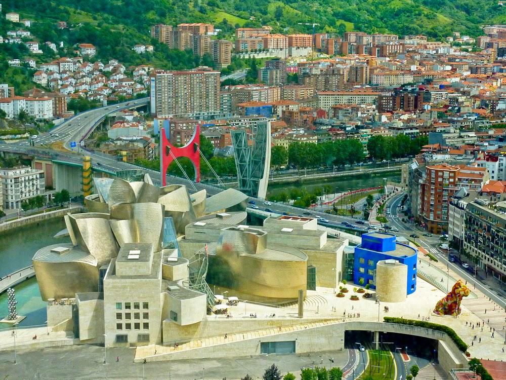 Museo Guggenheim Bilbao desde el aire