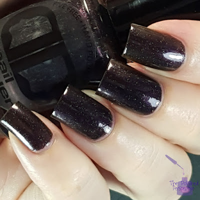 dd nail lacquer cry to the moon