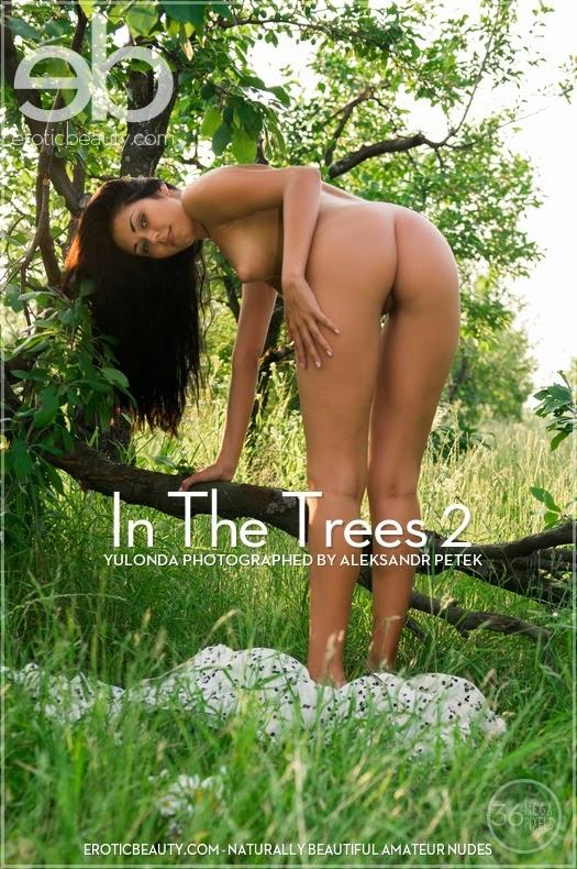 JadqoticBeautp 2014-07-26 Yulonda - In The Trees 2 08060