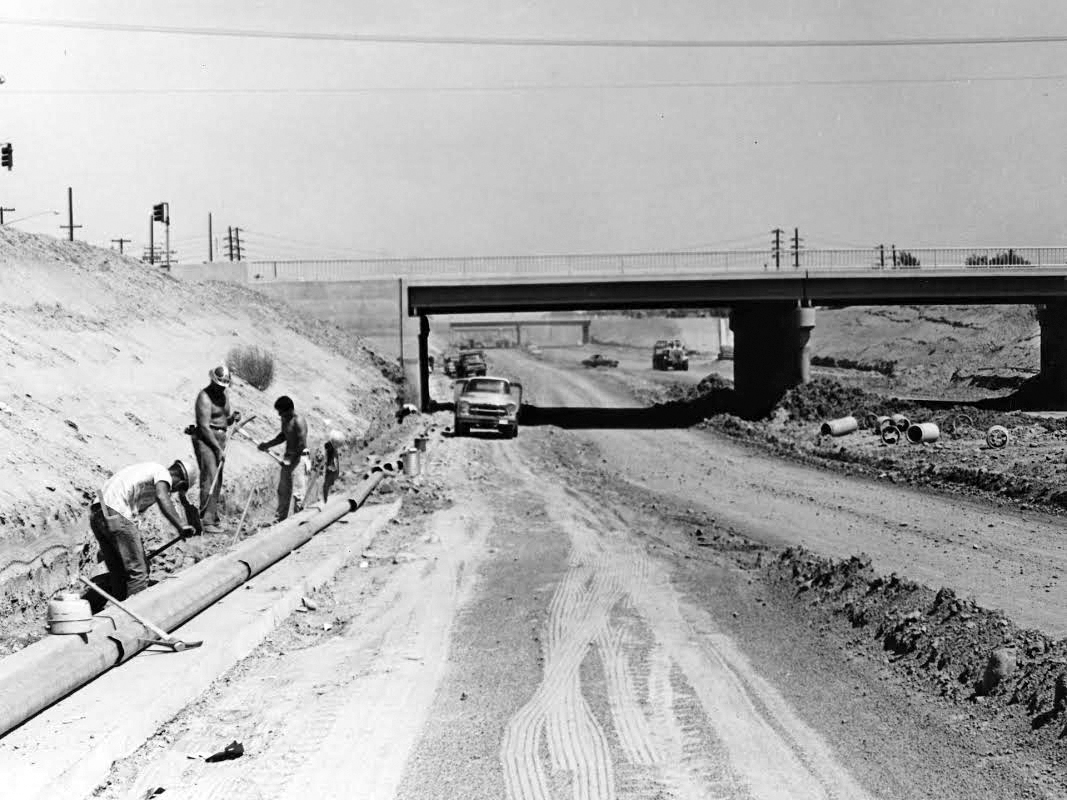 the history of california and arizona Arizona & california railroad company 1301 california avenue parker, az 85344 emergency phone number (866) 527-3499 customer service: (855) 665-3306 ext 2792 arzc-cs@gwrrcom billing questions: arzc-billing@gwrrcom.