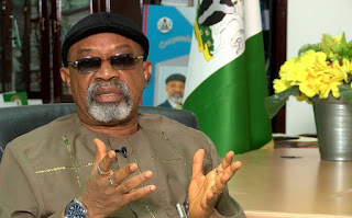 Ekiti guber: Drama as Buhari's minister, Ngige begs electorate to vote for Fayose on Saturday [VIDEO]