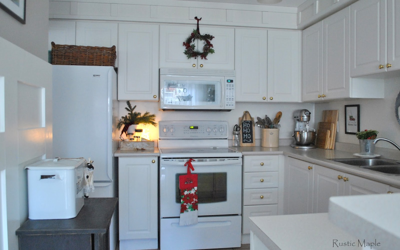 Rustic Maple: Our Rustic Christmas Kitchen 2015