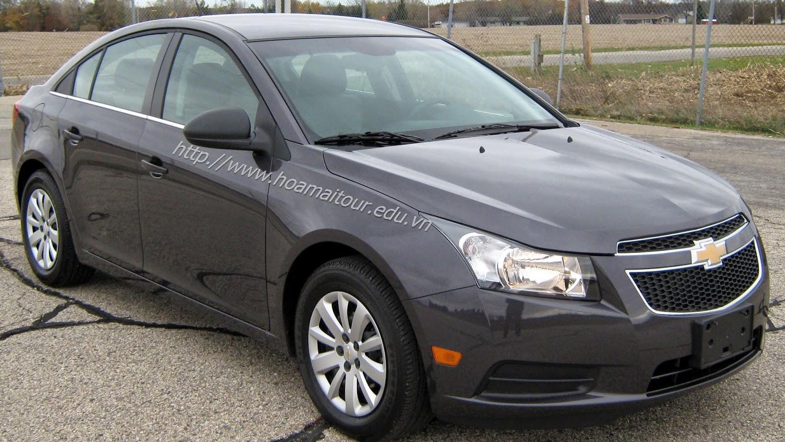 Cho thuê xe cưới Chevrolet Cruze giá rẻ