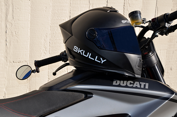 http://thebullitt.blogspot.com/2015/12/skully-ar-1-first-impression_15.html