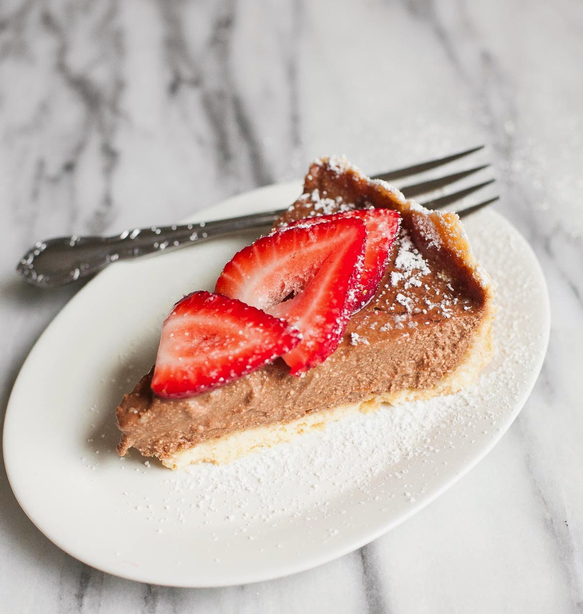 Mocha Ricotta Pie with Strawberries (Gluten free, Grain free) | acalculatedwhisk.com