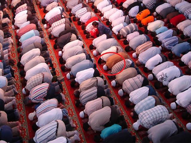 Dunia Barat Khawatir Akan Jumlah Kaum Muslim Terus Meningkat, Ini Faktanya