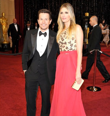 Mark Wahlberg With Wif... Mark Wahlberg Wife