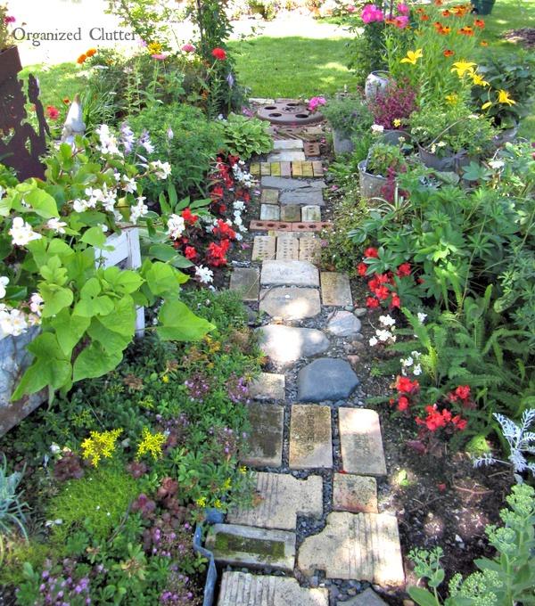 The Best Garden Junk Path www.organizedclutterqueen.blogspot.com