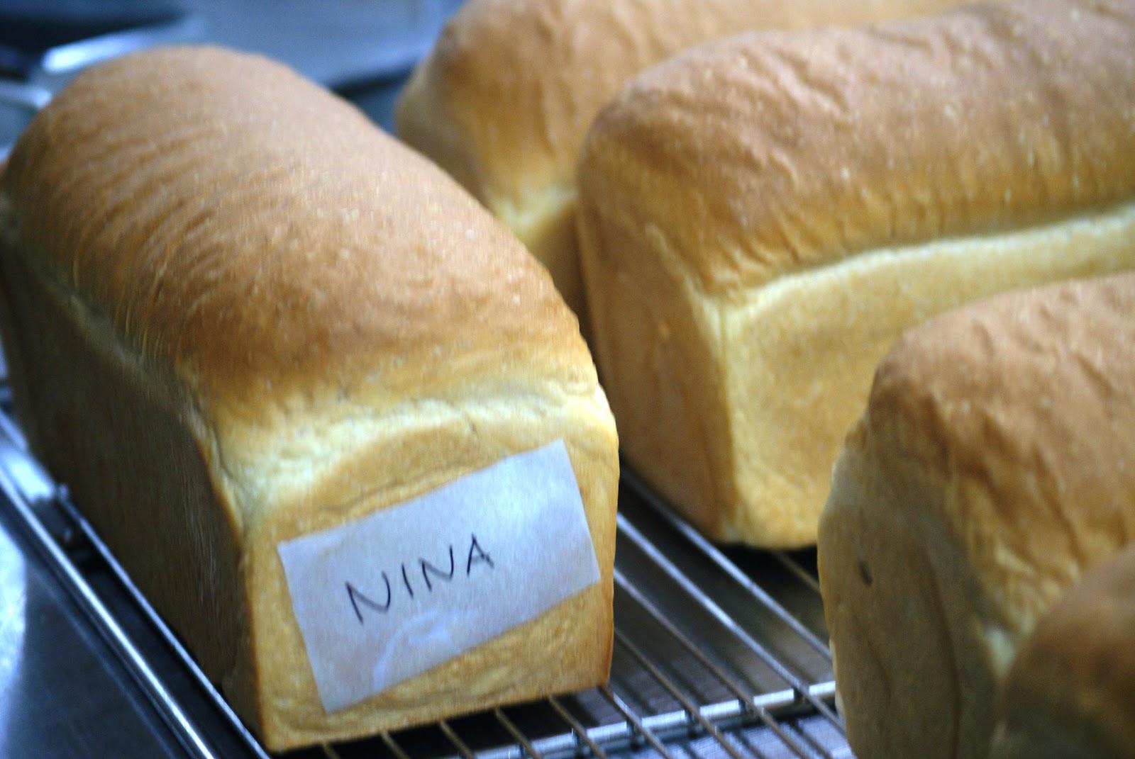 197kb kreasi nina kursus bread making bogasari day 1 roti tawar