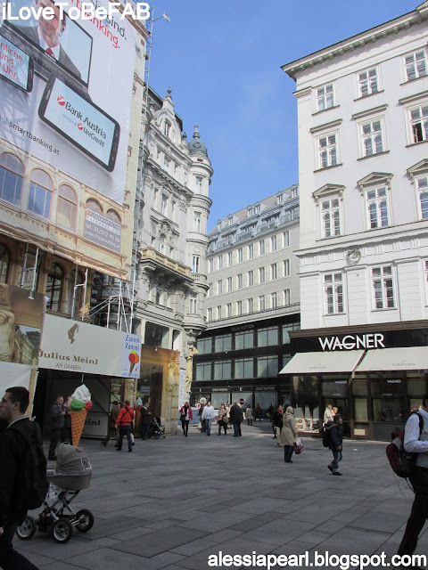 Shopping in Kartner strabe, Vienna