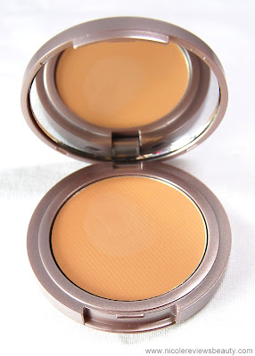Laura Mercier Tinted Moisturizer Crème Compact Broad Spectrum SPF 20 Sunscreen in Nude