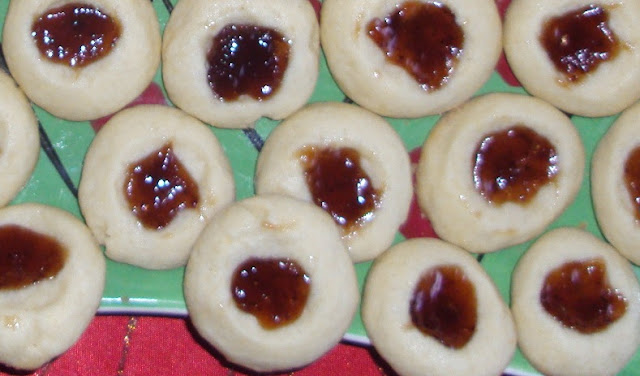 Jam Butter Cookies Recipe by www.dish-away.com