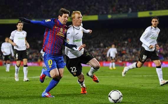 Valencia Barcelona Messi Mathieu