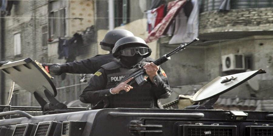 خبر :    التحالف الشعبي يدين أقتحام الأمن لمقره بمحطة الرمل