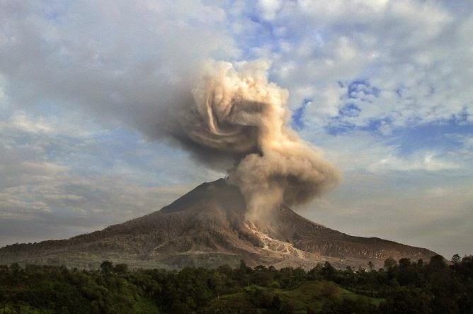 Waspada: Gunung Sinabung Meletus Lagi