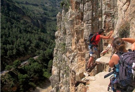 Laluan Jalan Kaki Maut - Paling Mencabar & Merbahaya Di Dunia Ada Di Spanyol