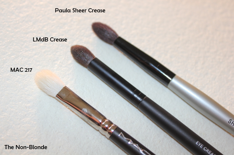 Le Metier de Beaute Eye Shadow and Eye Crease Brushes | The Non-Blonde