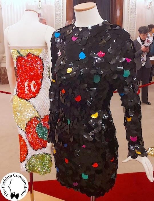 30 anni Galleria del Costume - abito in paillettes Enrico Coveri AI 1990 dono Maison Enrico Coveri