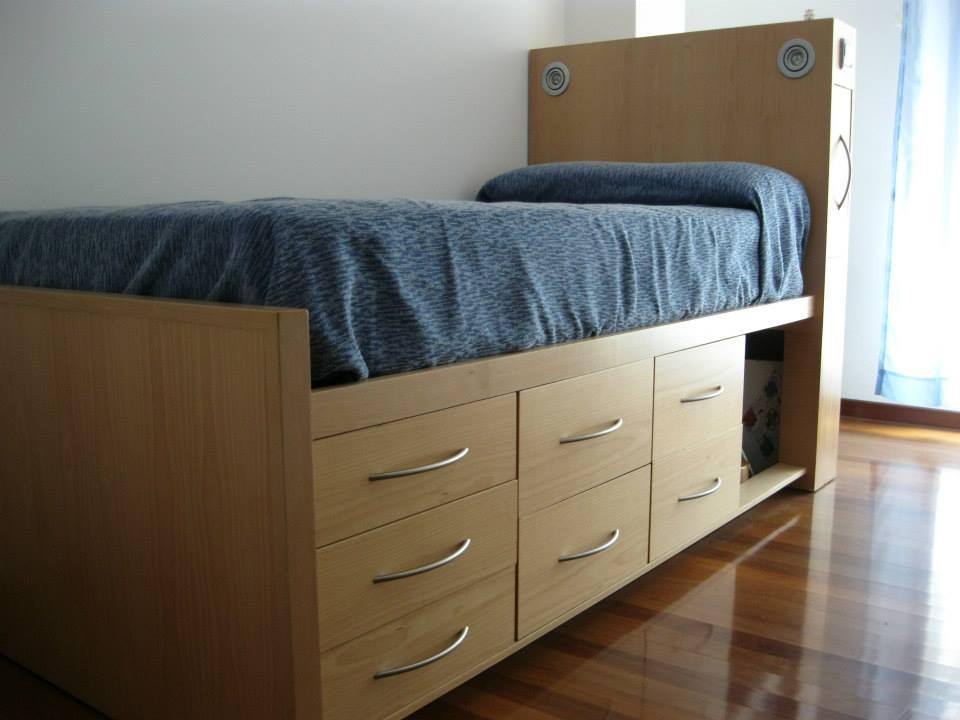 Cama con cajones. Bed with drawers   El garaje de la madera