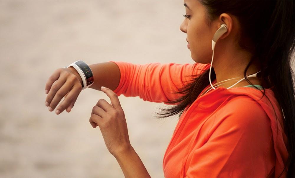 Samsung Gear S Smart Watch Review