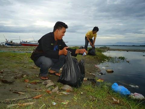Yuk, Beraktivitas Positif di Bulan Ramadan lewat Aksi Bersih Sampah Hingga Tanam Mangrove