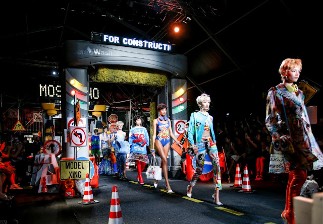 #MFW: Moschino SS16 Runway And Bags Report