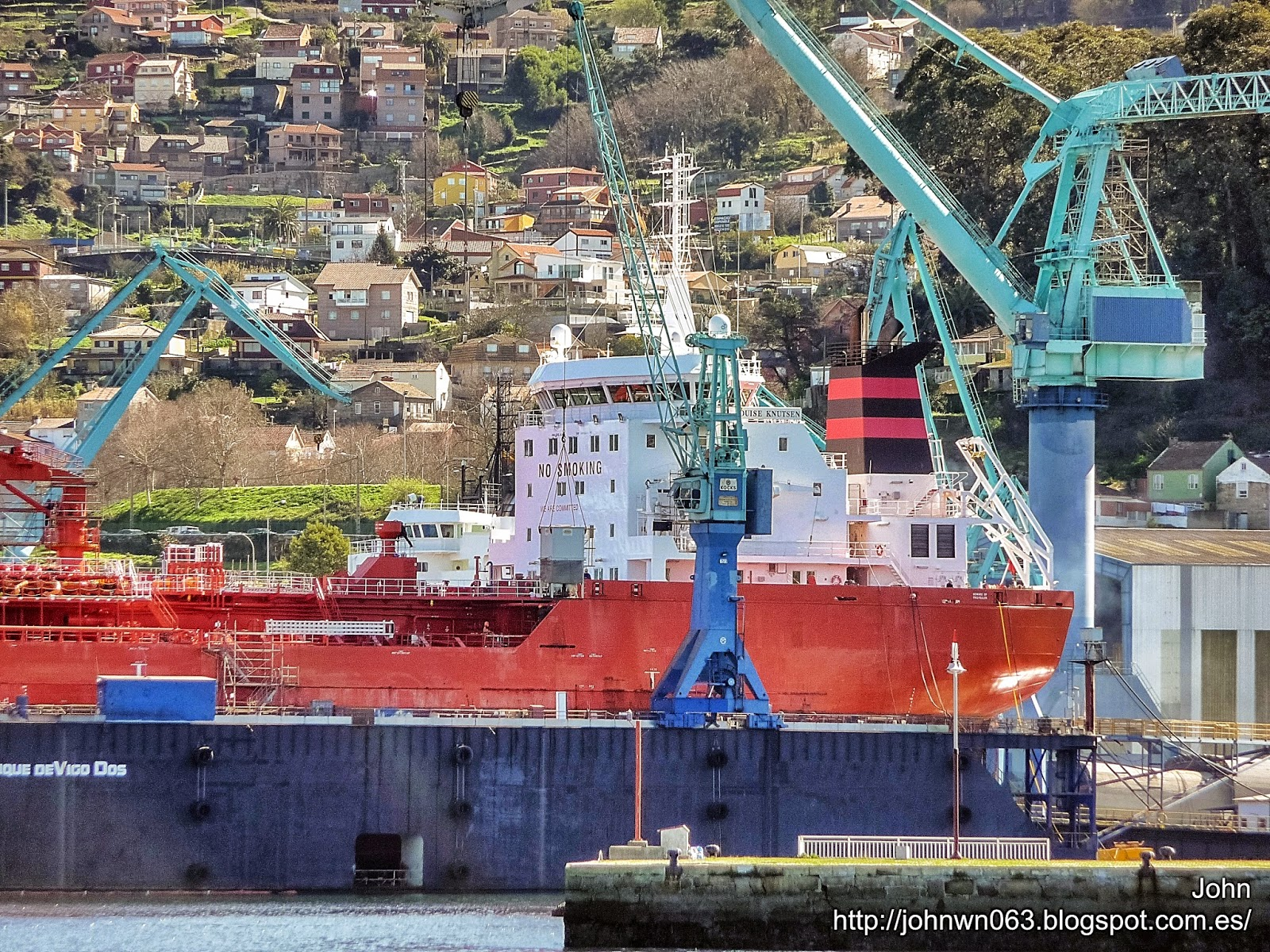 fotos de barcos, imagenes de barcos, louise knutsen, knutsen oas shiping, petroquímico, metalships, vigo