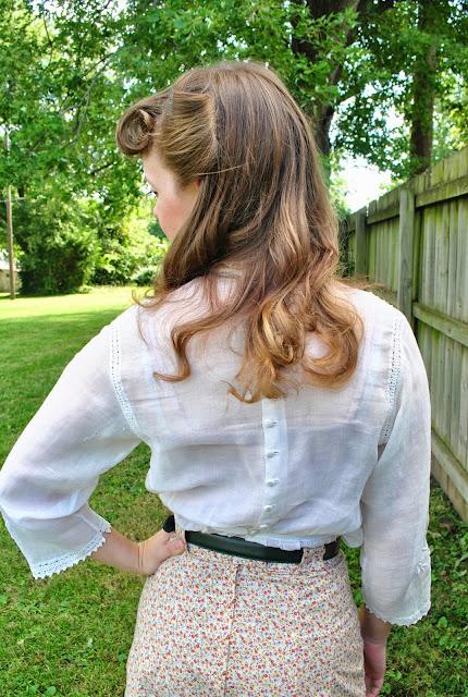 Flashback Summer: Edwardian Bettie Bangs- pigeon breast Gibson girl shirt, victory rolls, early 1900s