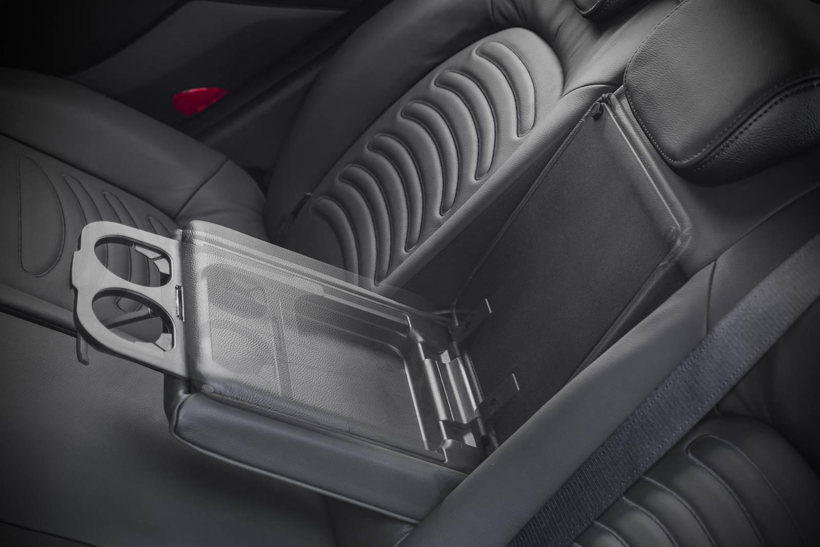 Fiat Bravo 2016 - porta-copos traseiro