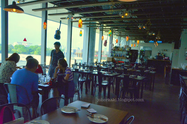 Milagro-Spanish-Orchard-Central-Singapore