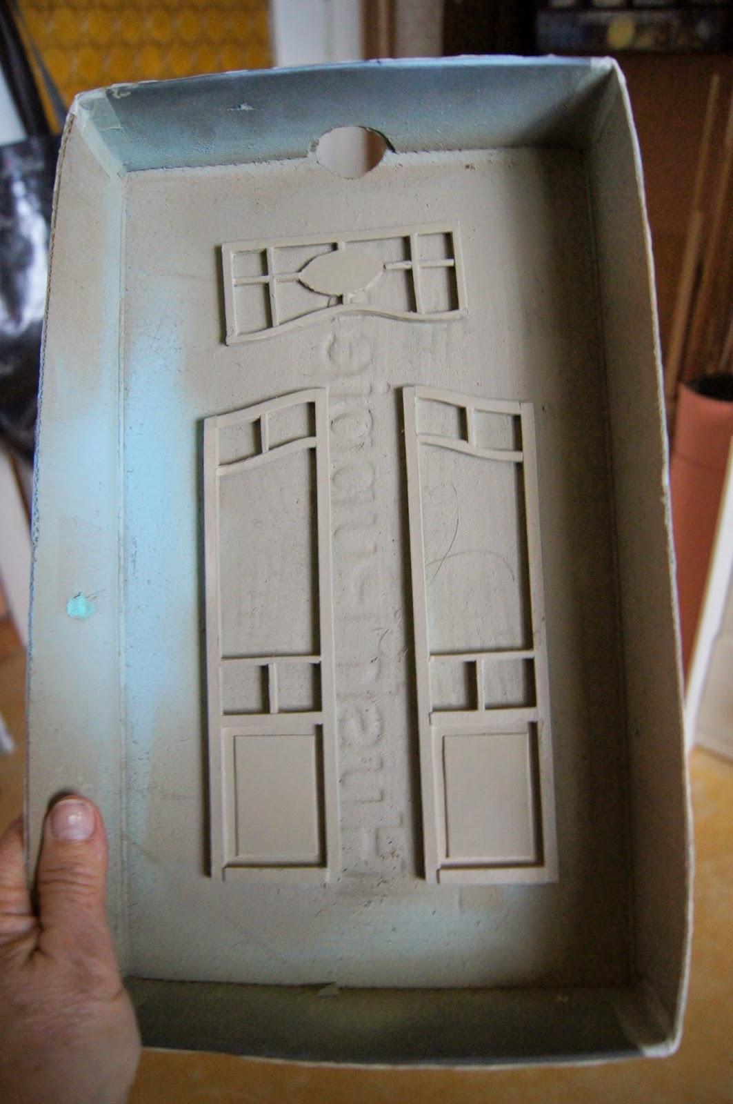 nono mini nostalgie une porte et une boite pain pour. Black Bedroom Furniture Sets. Home Design Ideas