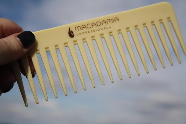 Macadamia Professional Weightless Moisture Trio Set