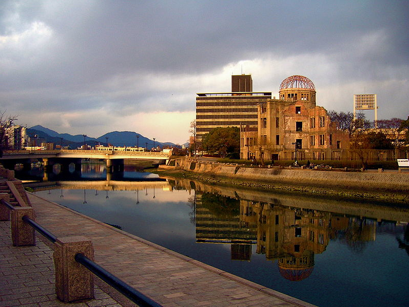 economic effects of the bombing of hiroshima and nagasaki