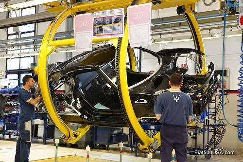 Alfa Romeo 4C assembly line