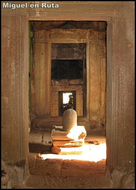 Templos-Angkor-Caras-Bayón_11