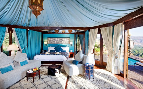 Safari Fusion blog | Moody blues | Luxury under a pretty blue canvas at Kasbah Tamadot, Atlas Mountains Morocco