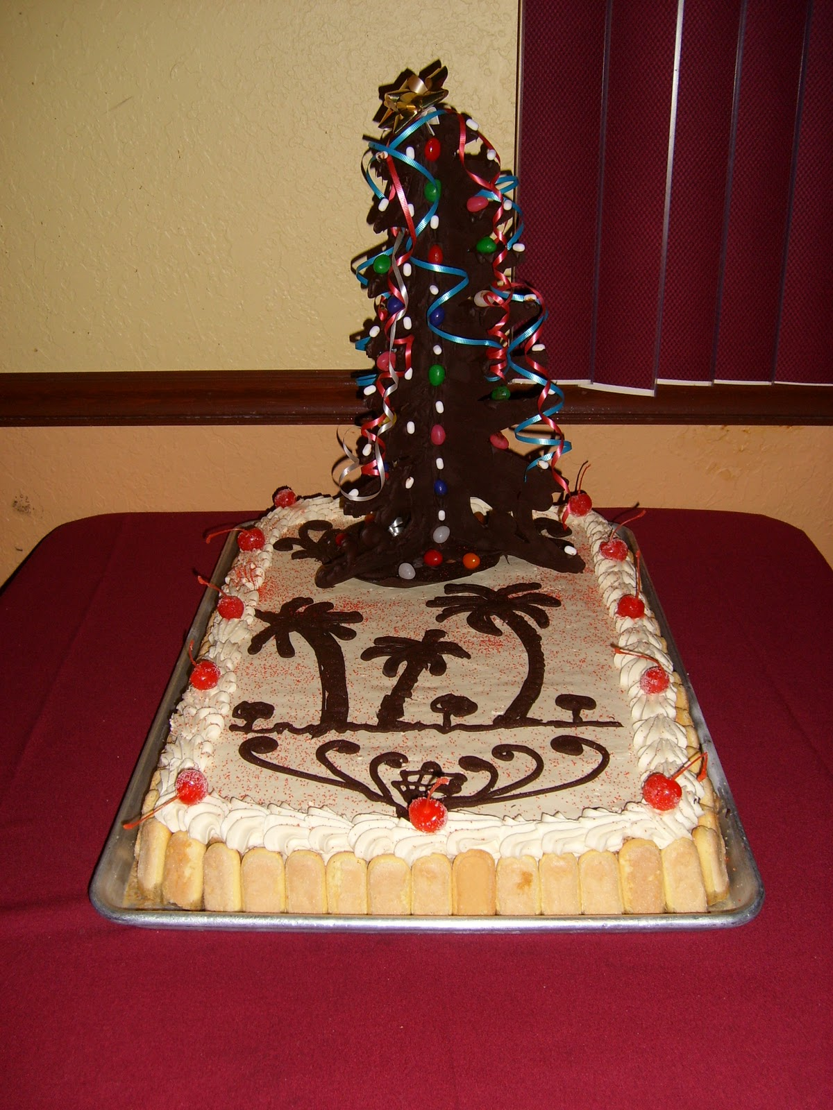 Download Latest Cake Images : Festivals Pictures: christmas tree cake pictures, latest ...