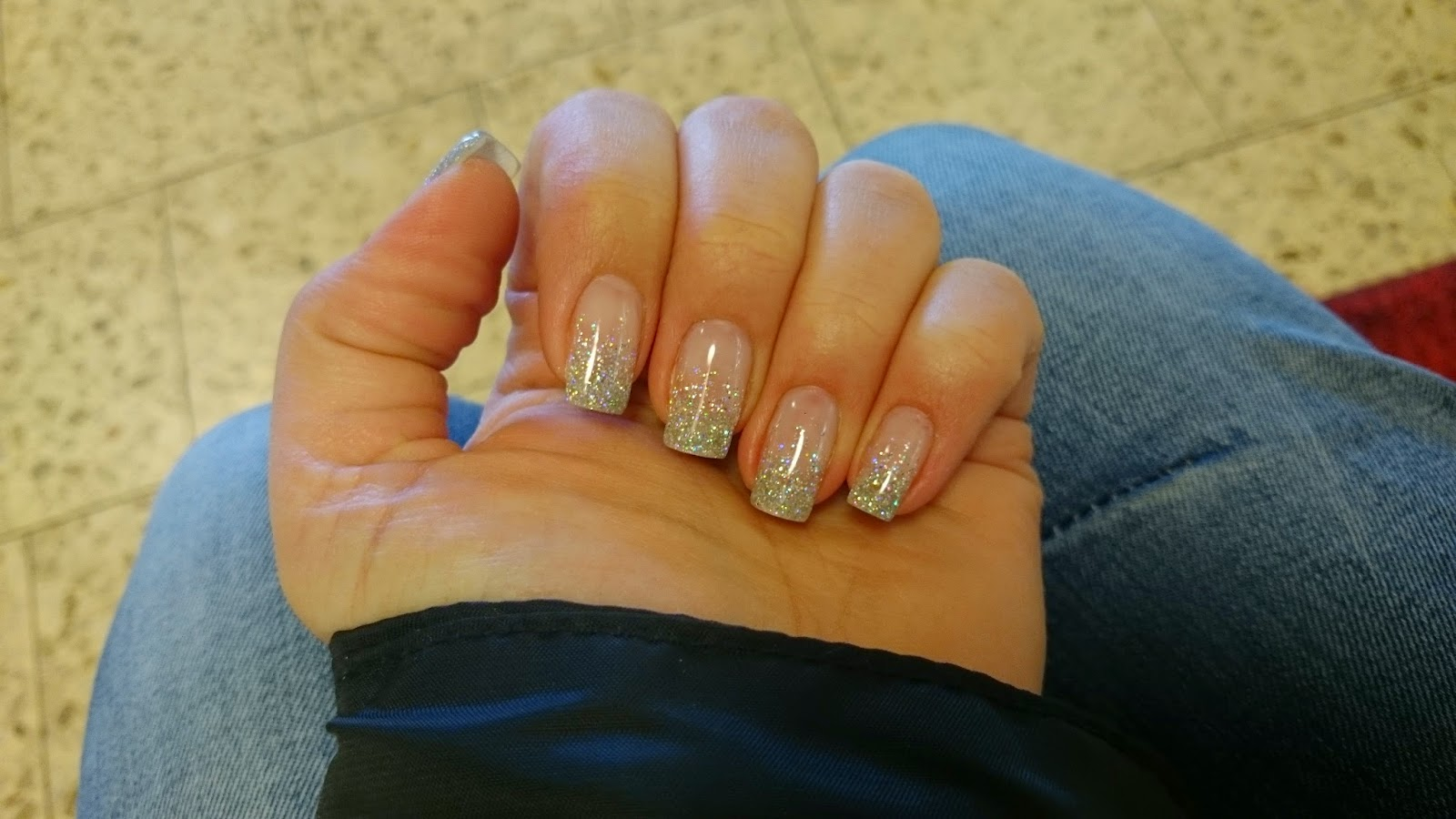 naglar på väla