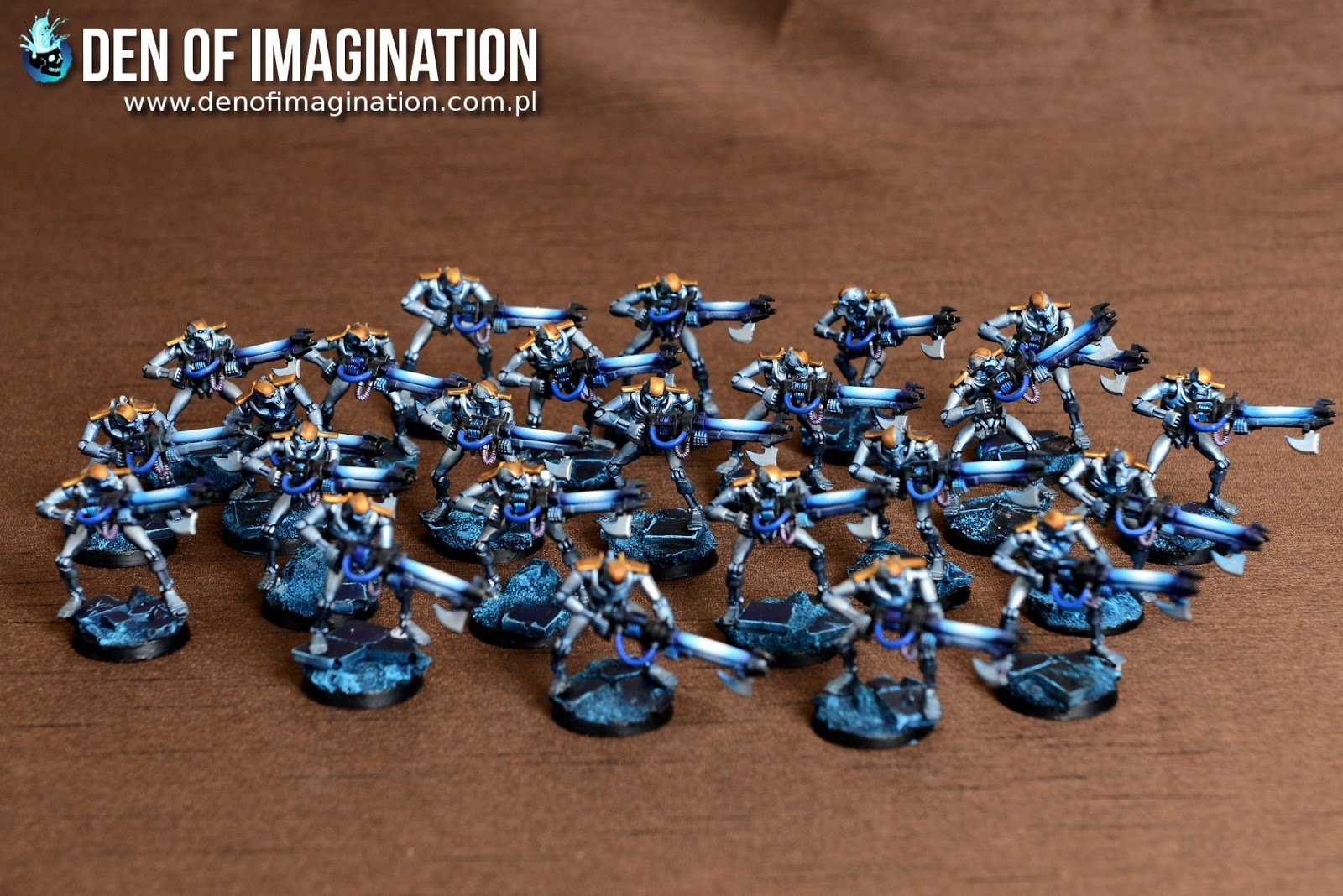 Troops deployed. Ten Immortals converted with lychguard legs. Those are the  Royal guardsmen. Twenty four warriors and a bunch of scarabs with two moms. f70a3e0ebf
