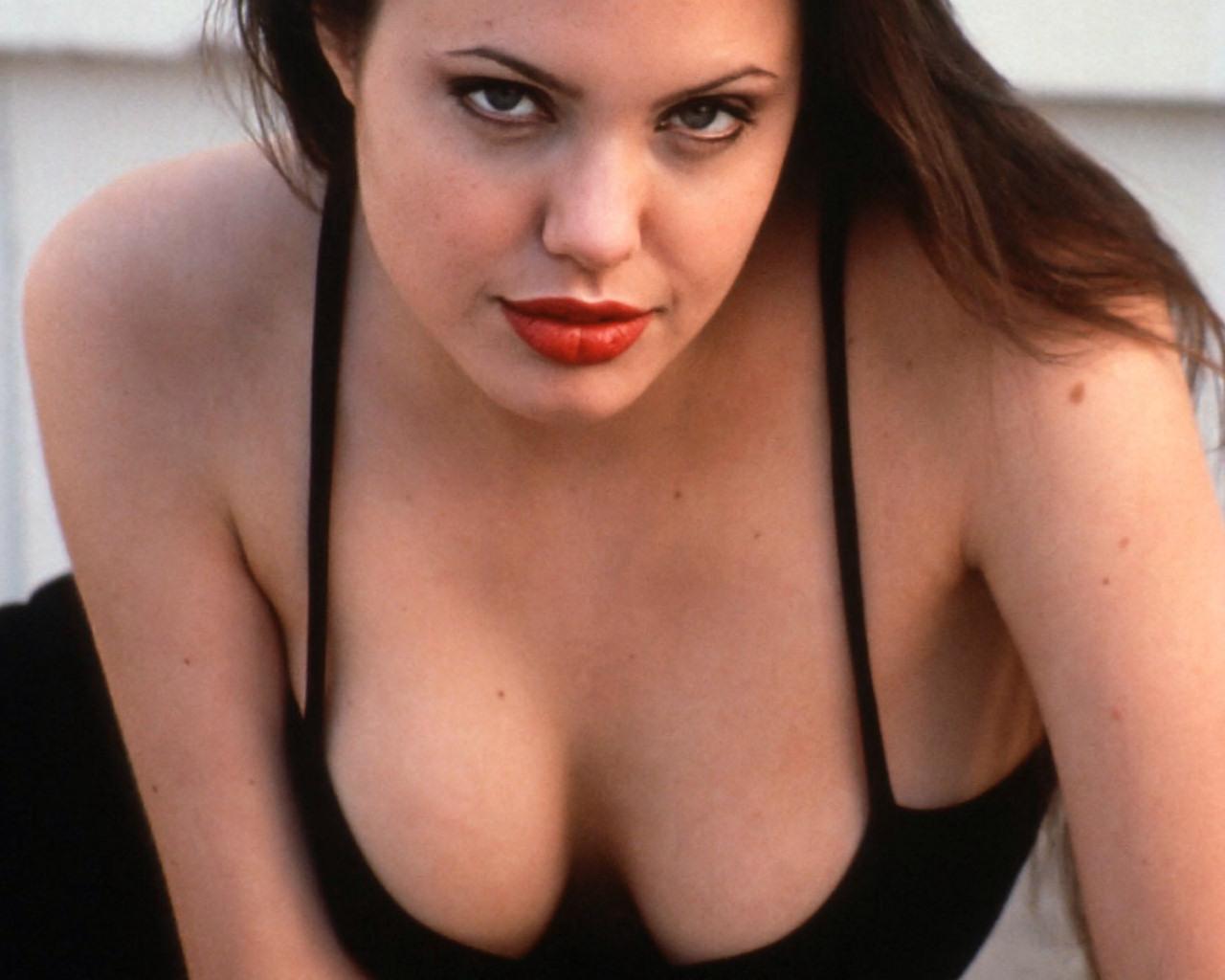 hollywood actress angelina jolie Search - XVIDEOSCOM
