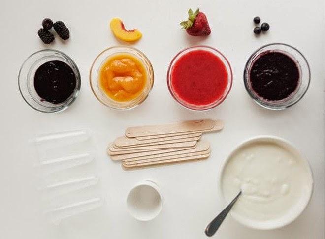 Làm kem sữa chua trái cây ăn trong mùa hè nóng nực