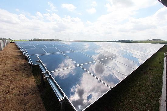 CPFL inaugura 1ª planta de energia solar de SP em Campinas