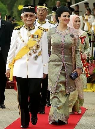 Tan Sri Abdul Taib Mahmud dilantik Yang Dipertua Negeri Sarawak, ketua menteri sarawak, Yang Dipertua Negeri Sarawak ke-7, gambar isteri Tan Sri Abdul Taib Mahmud