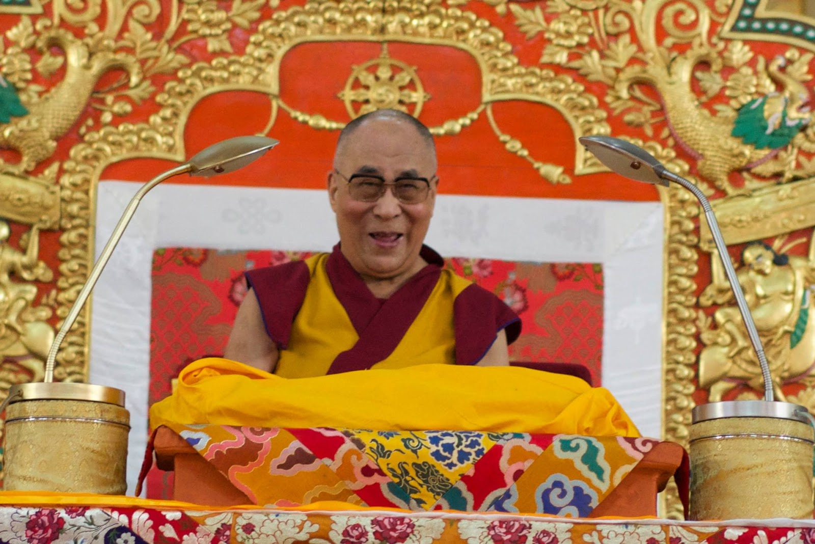 free tibet essay For many centuries, the tibetans had lived within their country, practicing their religion and following their traditional accustoms in 1950, the chinese.