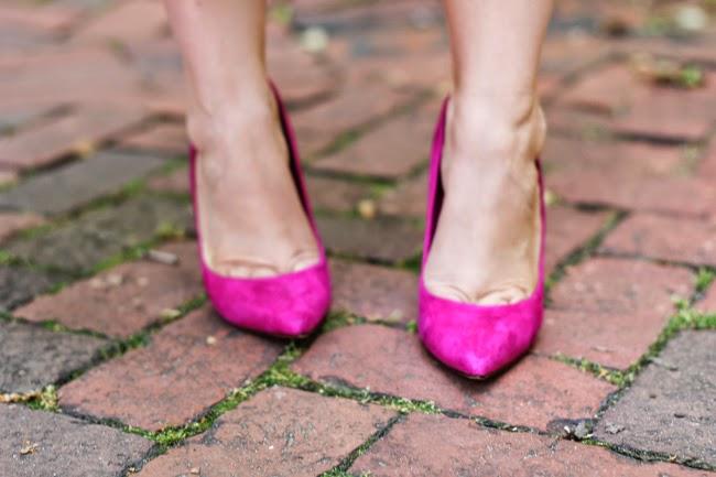 Schutz pink pumps