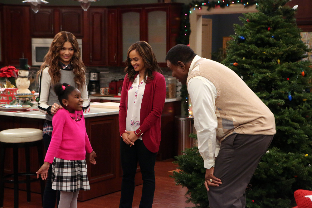 kc undercover twas the fight before christmas airs december 6th - Undercover Christmas