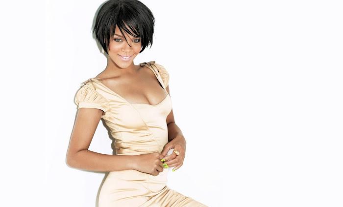 Rihanna HD Wallpaper -07