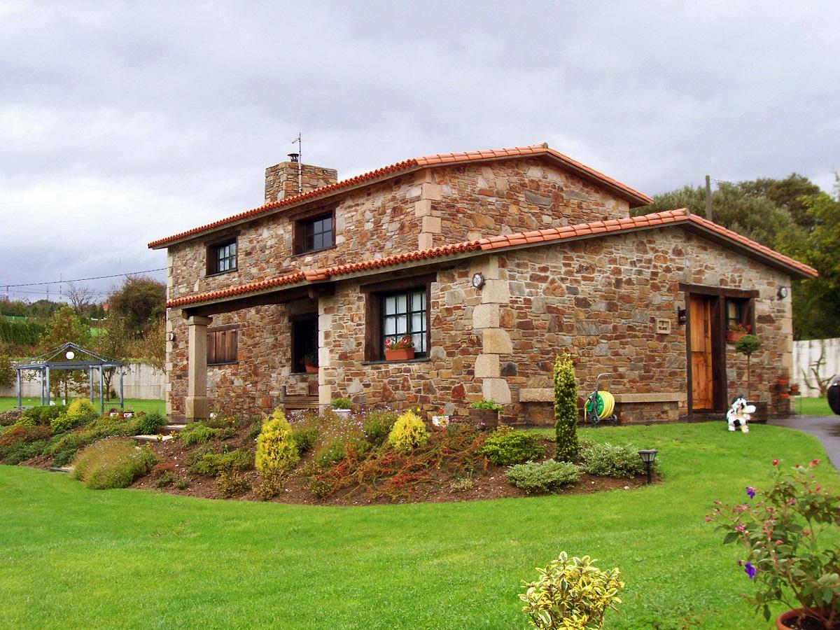 Construcciones r sticas gallegas casa en ares - Casas de una planta rusticas ...