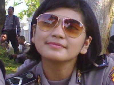Foto Polwan Cantik Indonesia (Annisa Prima Silsilia)