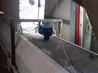 MoistTech Pneumatic sampler system